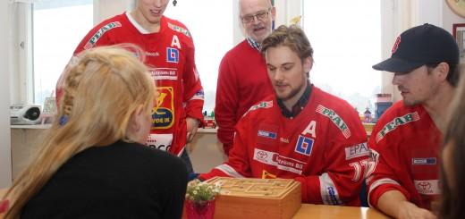 Här gäller det att hålla koncentrationen uppe. FOTO: Jonas Larsson, SN.